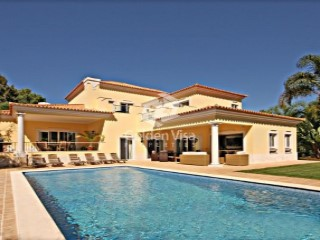 Luxury 4 Bedroom Villa in Quinta do Lago, Quinta do Lago | 4 Bedrooms