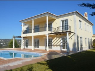 Excellent 4 bedroom 5 bathroom mansion north of Loule | 4 Bedrooms
