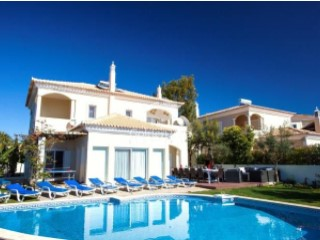 Very charming 5 bedroom villa in the Village close to Vale do Lobo | 5 Bedrooms