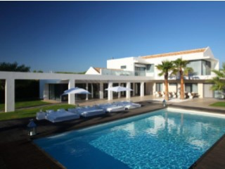 Beautiful contemporary villa  between Vale do Lobo and Quinta do Lago | 6 Bedrooms | 6WC