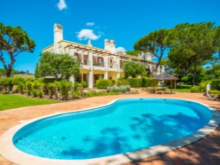 1+1 bedroom apartment in Pinheiros Altos, Quinta do Lago | 1 Bedroom + 1 Interior Bedroom | 2WC