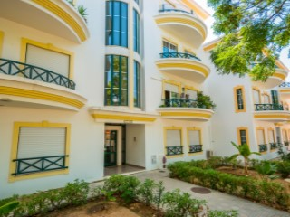 Three bedroom apartment with private parking | 3 Bedrooms | 2WC