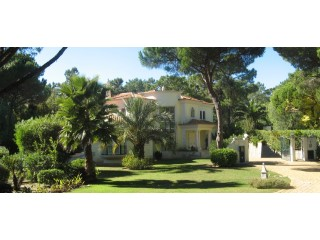 Excellent 5 bedroom family home in Quinta do Lago | 5 Bedrooms | 5WC