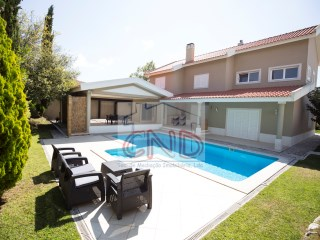 To rent House T4 furnished and equipped, located in Beloura II - Cascais / Sintra. | 4 Bedrooms | 5WC