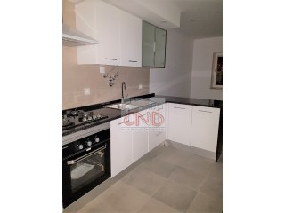 Apartment T2 completely refurbished São Miguel das Encostas - Carcavelos | 2 Bedrooms | 1WC