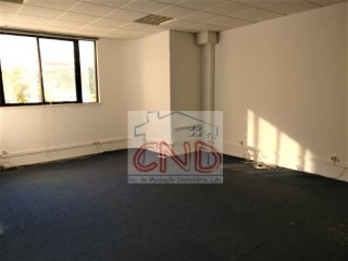 Office for rent in Cascais in avª April 25 |