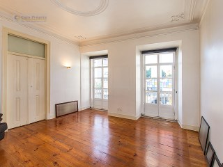 Apartment › Lisboa | 3 Bedrooms + 1 Interior Bedroom | 1WC