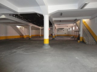 Warehouse for sale or lease in Ajuda - Rio Seco |