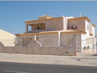 Price reduction - excellent opportunity! Villa with 12 rooms | 12 Zimmer