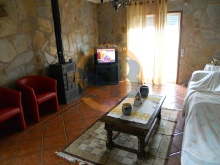 Two-flat House › Ovar | 3 Bedrooms | 2WC