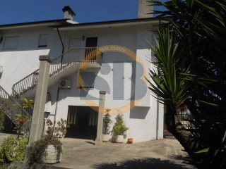 House › Santa Maria da Feira | 3 Bedrooms | 1WC