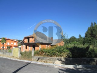 House › Santa Maria da Feira | 3 Bedrooms | 2WC