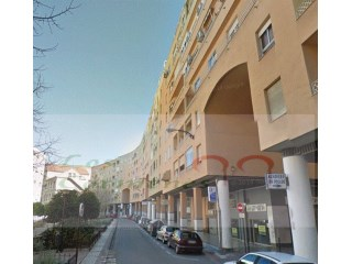 Flat › Granada | 2 Bedrooms + 1 Interior Bedroom | 1WC
