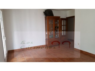 Flat › La Zubia | 2 Bedrooms + 1 Interior Bedroom | 1WC