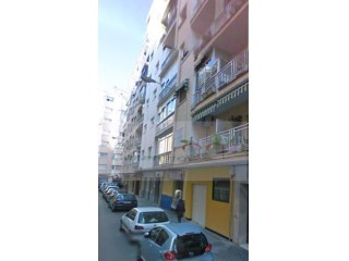 Flat › Granada | 4 Bedrooms + 1 Interior Bedroom | 1WC