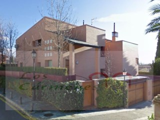Townhouse › Granada | 3 Bedrooms | 2WC