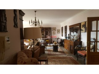 Apartment › Santarém | 5 Bedrooms