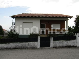 Detached House › Vila Nova de Famalicão | 2 Bedrooms