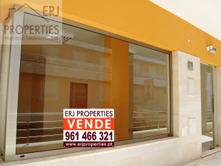 Store to Sell in Vila Real de santo António |