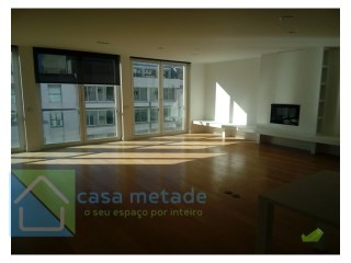 Exceptional apartment in condominium of references, t5 with 4 parking, 4 balconies, storeroom  | 5 Bedrooms | 4WC