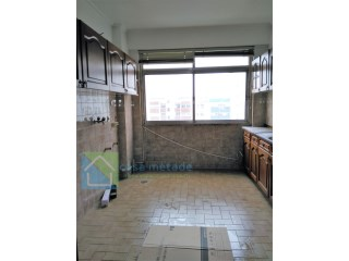 Apartment 2 bedrooms in total remodeling, storage room and garage  | 3 Bedrooms | 2WC
