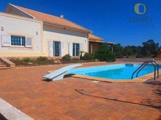 Farm with swimming pool, orchard and large garage | 3 Bedrooms + 2 Interior Bedrooms | 6WC