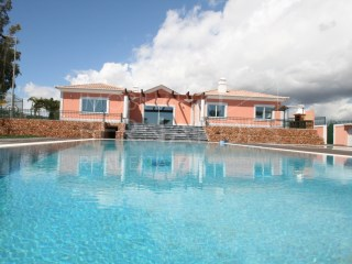 Villa with swimming pool and tenis - Luxury | 5 Pièces + 2 Chambres intérieures