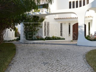 Single-family house in Olhao | 5 Bedrooms | 2WC