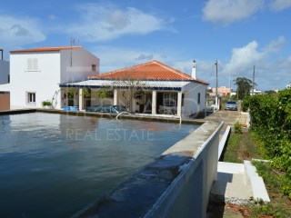 Villa with large plot of land, near Olhão | 3 Bedrooms | 3WC