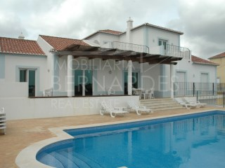 4 bedroom villa with pool-Moncarapacho | 4 Bedrooms | 4WC