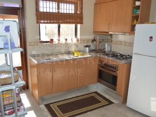 Apartment completely renovated | 3 Bedrooms | 2WC