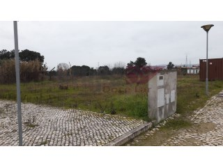 280 m 2 plot With building viability |