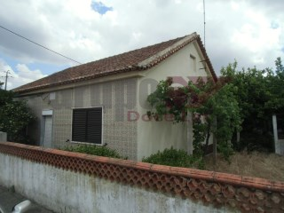 Detached House › Palmela | 2 Bedrooms | 1WC