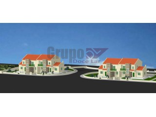Lot for construction of 2 semi-detached villas |