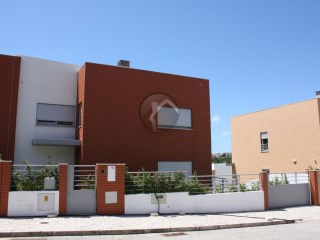 Terraced House › Oeiras | 3 Bedrooms | 3WC