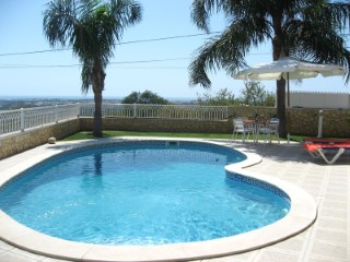 Villa with Swimming Pool and Sea View in Boliqueime MainProperties Algarve Portugal Real Estate%3/20