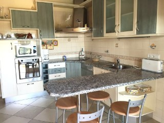Villa kitchen in Boliqueime MainProperties Algarve Portugal Real Estate%12/20