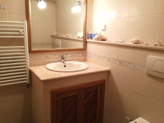 Villa bathroom in Boliqueime MainProperties Algarve Portugal Real Estate%16/20