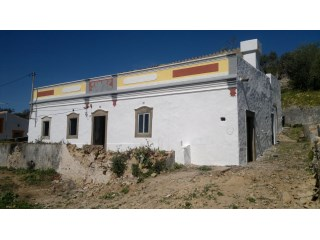 Typical House to restore with fantastic sea view | 3 Sovrum | 2WC
