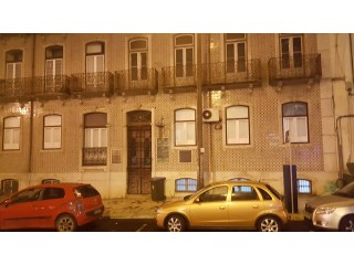 Sale of 3 apartments Centro Lisbon | 8 Bedrooms | 5WC