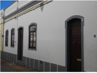 Moncarapacho of 1951 renovated typical House. | 2 Sovrum | 2WC