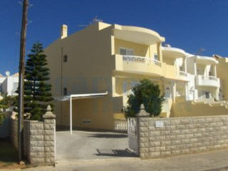 House › Vila Real de Santo António | 4 Bedrooms + 2 Interior Bedrooms | 2WC