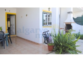 Semi detached 3 bedroom house just above the town of Altura in a development called Corvinhos. | 3 Bedrooms