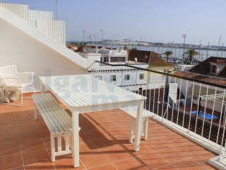 One bedroom apartment all refurbished in VRSANTÓNIO views of the river and Marina | 1 Bedroom | 1WC