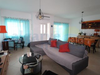 3 bedroom townhouse in Condo with pool 700 m from the beach of Manta Rota! | 2 Bedrooms | 2WC