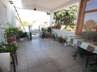 Semi detached traditional Portuguese house with three bedrooms 1km north of Vila Nova de Cacela | 3 Bedrooms