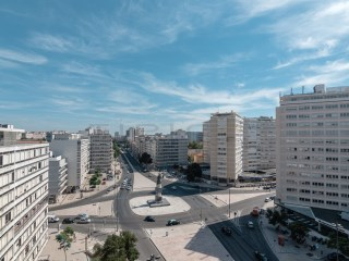 Shop with 55 m2 in Alvalade |