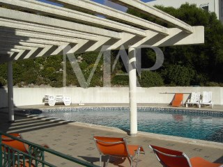 House condominium in Estoril with 5 bedrooms, unfurnished. | 5 Bedrooms