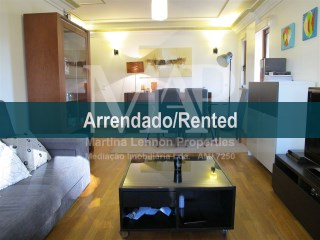 Spacious one bedroom apartment in Laranjeiras, Lisbon, 8 min from Lisbon Airport, with garage and storage room, furnished with great taste. | 1 Bedroom