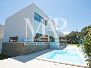 New modern villa, under construction, aprox. date Set/October 2018, T4, with a contemporary design, localized in the a quaint village near Guincho beach - and 3 min. from the motorway A5, Cascais-Lisbon | 4 Bedrooms